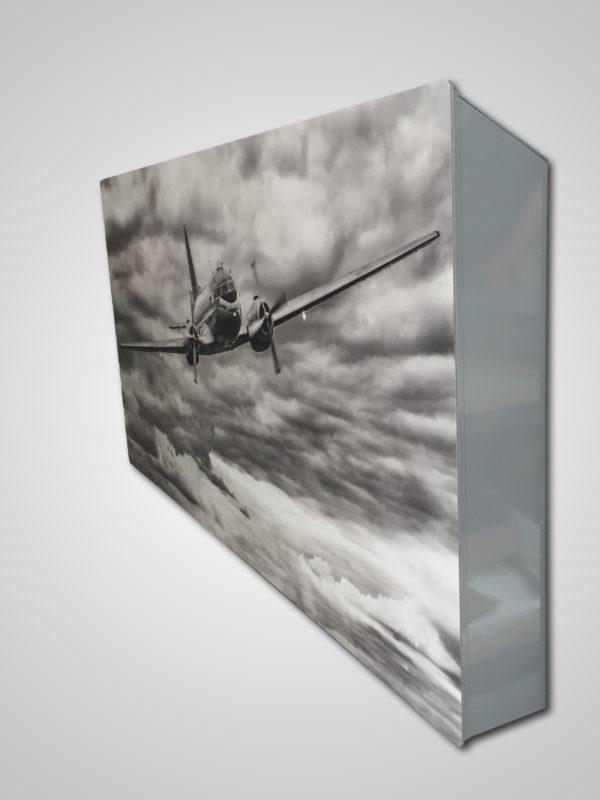 Купить Горизонтальный дизайн-радиатор SAVVA DRH 2326 55 мм с панелью Decor